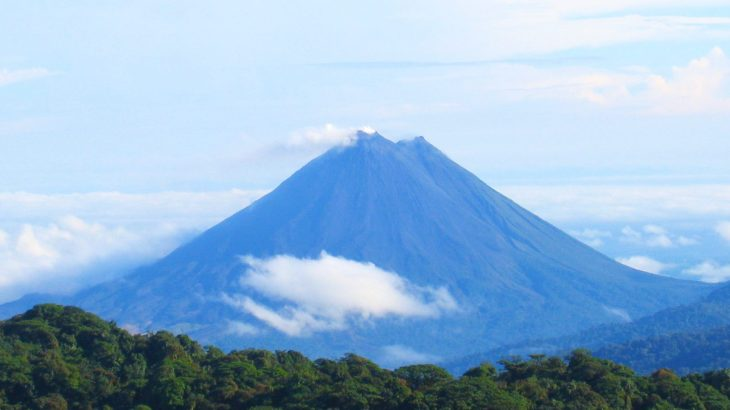 arenal_volcano_as_seen_from_monteverde