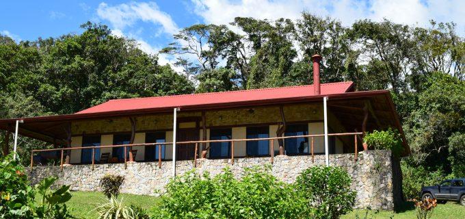 Craftsman Home, Lake and Volcano Arenal Views