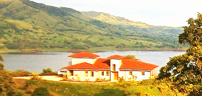 The Most Amazing Lake & Mountain View, Hilltop Villa